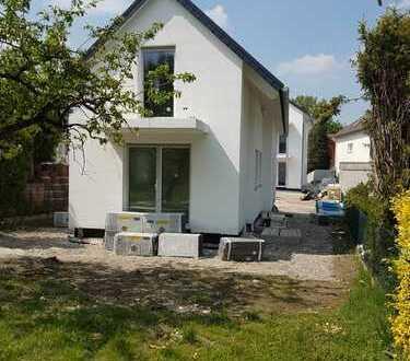 NEUBAU freistehendes lichtdurchflutetes Einfamilienhaus mit Gartenanteil Offenbach Rosenhöhe