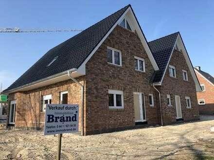 Neubau von acht KfW-55 Doppelhaushälften in Varel - Noch 6 verfügbar