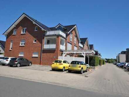 Luxuriöse Dachgeschoss-Wohnung mit Loggia und PKW-Stellplatz