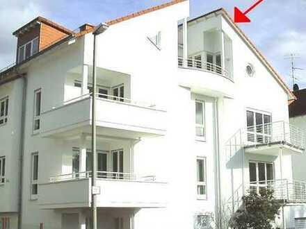 Repräsentative 3-Zimmer-Dachgeschoss-Wohnung mit traumhaften Fernblick in Kronberg-Oberhöchstadt