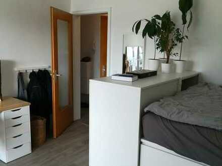 1 Zimmer Dachgeschosswohnung (30qm) in Bad Cannstatt-Memberg