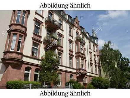 Altbau 3-Zimmer-Wohnung mit EBK im Nordend mit hohen Decken - LESEN!!!