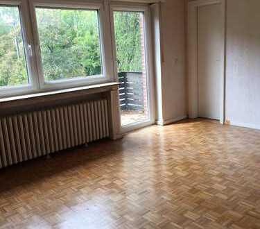 Stilvolle 3-Zimmer-Wohnung mit Balkon in Weiden, Köln