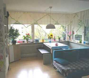 Gepflegte 3-Zimmer-EG-Wohnung mit Terasse und EBK in Pforzheim - Arlinger