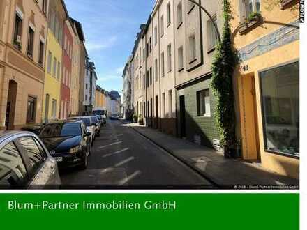 Helle Appartement Eigentumswohnung mit Wohnküche in Köln-Nippes