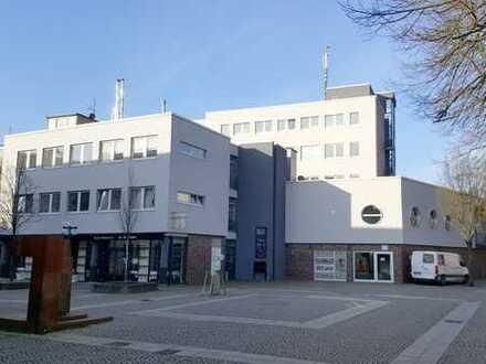 Großzügige Büro-/Praxisräume in der Altstadt zu vermieten