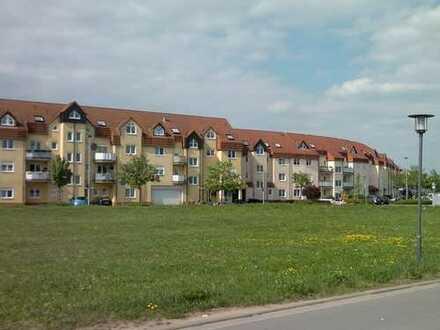 Schöne 3-Zimmer-DG-Wohnung mit Balkon und EBK in Dietzenbach