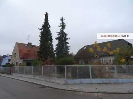 IMMOBERLIN: Harmonisch liegendes Baugrundstück im Wittenauer Ortskern