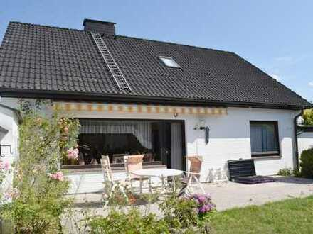 Solides Potential - Einfamilienhaus mit Teilkeller und Anbau in Reinbek