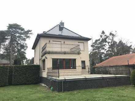 Eine wunderschöne Villa mit großem Garten im Süden von Berlin ideal für Wohnen und/oder Gewerbe