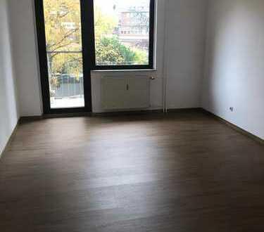 3 Zimmer Wohnung zu vermieten mit 2 Badezimmern in Essen Holsterhausen