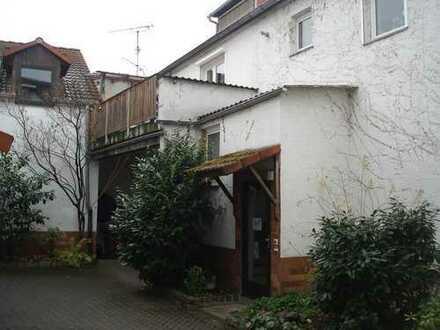 Provisionsfreie 4-Zimmer-Wohnung in Flörsheim am Main.