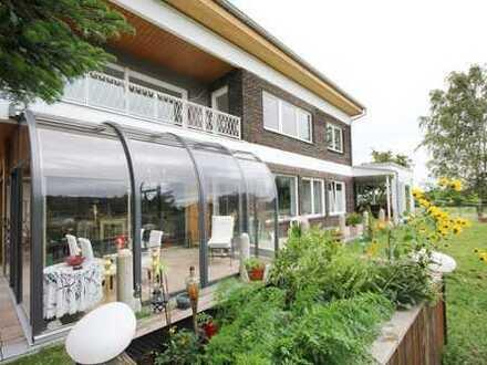 Exklusive Gartenwohnung in ehemaliger Villa mit hochwertiger Ausstattung!