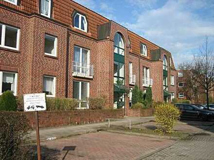 Helle 2 Zimmer-Wohnung mit Vollbad, Einbauküche und Balkon