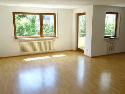 Gepflegte 4-Zimmer-Wohnung mit Balkon und Einbauküche in Waldshut-Tiengen