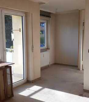 Sonnig helle 3-Zimmer-Wohnung mit Süd-Balkon in sehr gepflegtem Haus