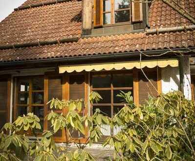 Top! Herrliche, großzügige Doppelhaushälfte mit großem Garten, 2 Terrassen in ruhiger Waldrandlage