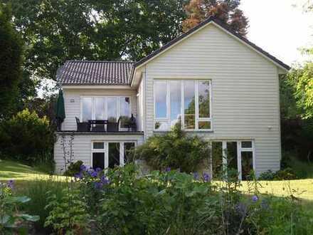Idyllisches Wohnen mit eigenem Seezugang, ideal für Urlaub oder Home-Office