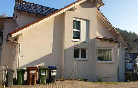 Gepflegte 2-Zimmer-Wohnung mit Terasse in Altenbach