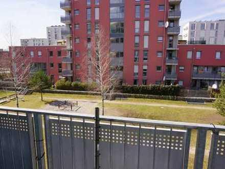 Helle und ideal geschnittene 3-Zimmer-Wohnung mit zwei Balkonen in U-Bahn-Nähe Dülferstr.