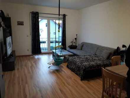 Neuwertige, moderne 3-Zimmer-Wohnung mit EBK in Cham Windischbergerdorf