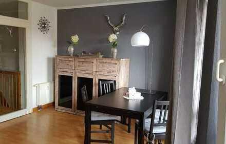 Moderne 4 Zimmer Wohnung auf 2 Etagen mit Balkon! Bezugsfrei zum 01.06.2020