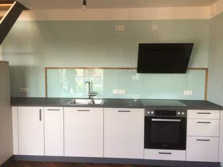 Schöne 3,5-Zimmer-Maisonette-Wohnung mit Balkon und EBK in Dornstetten