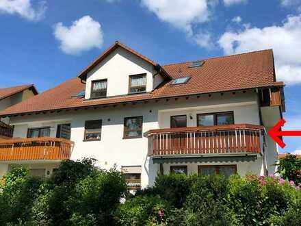 Hochwertig renoviert: Sonnige 3 Zimmer-Wohnung im 1. OG mit Südbalkon