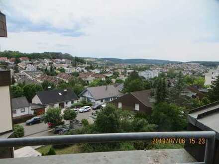 2,5-Zimmer-Wohnung mit Balkon und herrlichem Panoramablick in Weil der Stadt