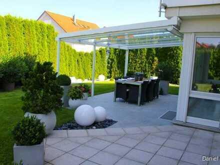 Modernes und großzügiges Einfamilienhaus mit traumhaftem Garten in attraktiver Lage!