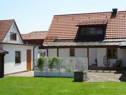 Für den Gartenliebhaber! Einfamilienhaus in ruhiger Lage mit großem Garten, Garage und vieles mehr!