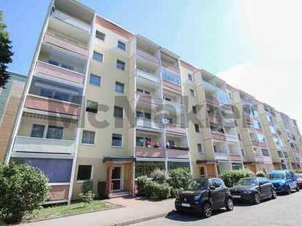 Ideal für Familien oder Kapitalanleger: Gepflegte 4,5-Zimmer-ETW mit Loggia und Fußbodenheizung