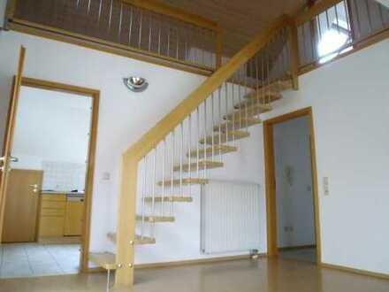 1356- Moderne 3 Zi.- Wohnung mit zusätzlichem DG-Studio, Dachterrasse und zwei Balkone in Jettingen!