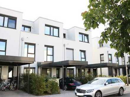 Komfortables Reihenmittelhaus mit 3 Etagen in Hannover Kirchrode!