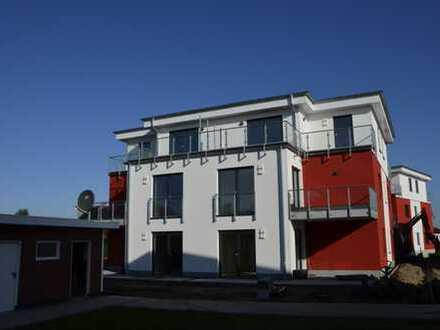 Erstbezug! 3- Zimmer Wohnung in Ribnitz-Luise-Algenstaedt-Str. 1a zu vermieten