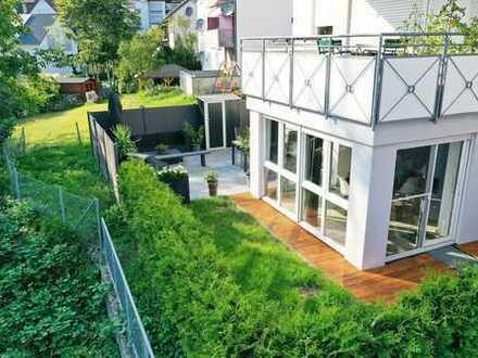PROVISIONSFREI: hochwertige 3-Zimmer-Terrassenwohnung mit Garten, EBK und Garage