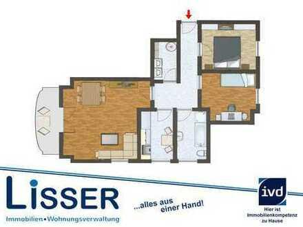 Schön geschnittene 3 Zimmer-Wohnung plus ausgebautem Dachboden in Hude (Süd)