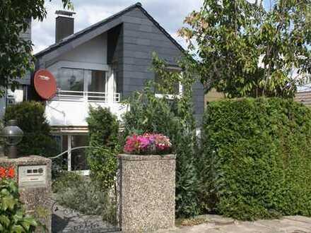 Schönes Haus mit fünf Zimmern in Esslingen (Kreis), in idyllischer Lage von Aichwald