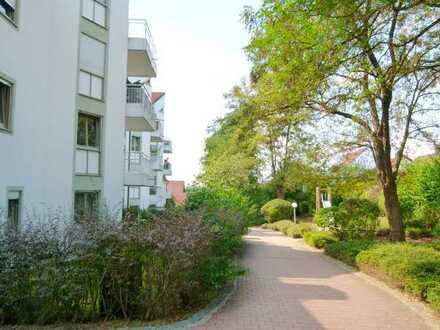 LA-Achdorf-Englberg - Schicke 2-Zimmer-Wohnung mit großem Balkon, separiertem WC und Parkett