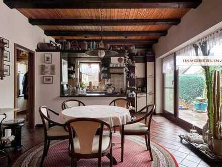 IMMOBERLIN: Komfortables Haus mit ruhigem Südwestgarten