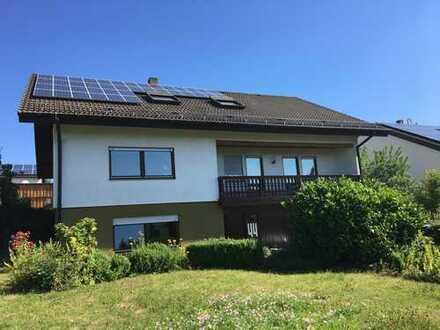 2-Familienhaus zzgl. Einliegerwohnung in sonniger und ruhiger Lage mit Klosterblick in Neresheim