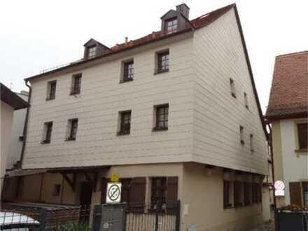 Im Herzen der Fürther Innenstadt * Mehrfamilienhaus mit guter Rendite! Denkmalschutzgebiet!