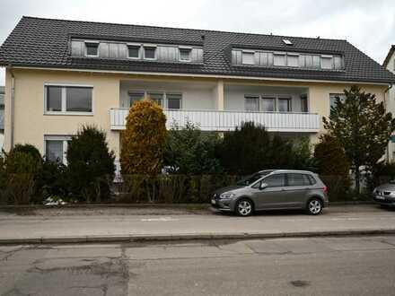 Vollständig renovierte 3-Zimmer-Dachgeschosswohnung mit EBK in Schwarzwald-Baar-Kreis