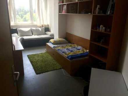 Zimmer in 3er WG in Wohnheim Agricolastraße 14 August - Dezember 2017