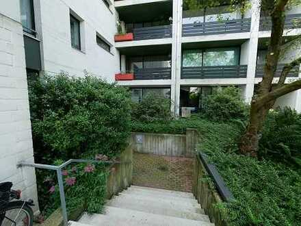 Geräumige 3-Raum-Wohnung mit Einstellplatz in der Sammelgarage und 6 Außenstellplätzen