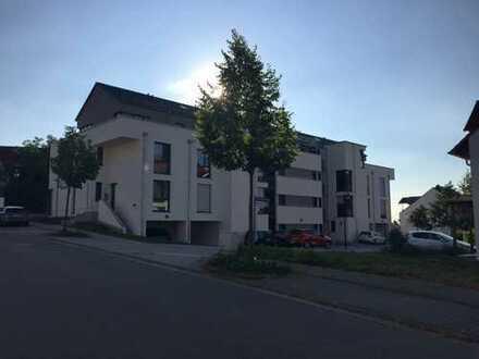 Helle, neuwertige 2-Zimmer-Dachgeschosswohnung mit Dachterrasse in Bruchsal