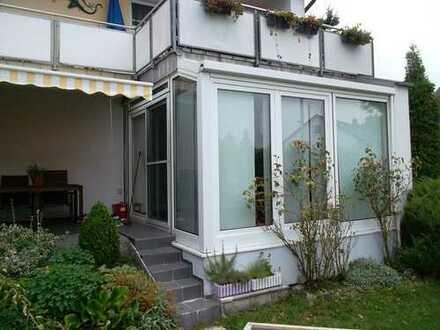 Sonnige 3-Zimmer-Erdgeschosswohnung mit Wintergarten und Terrasse in Freising-Attaching