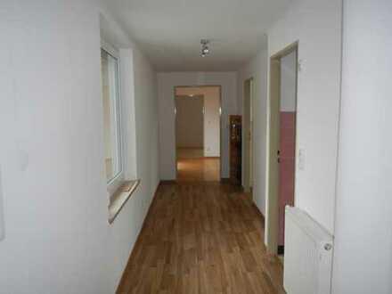 Provisionsfrei! Helle 3-Zimmerwohnung 87qm mit Einbauküche