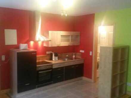Möbilierte, funktionelle, helle, 1-Zimmer-Wohnung mit EBK in Talheim