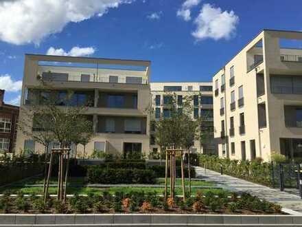 Helle 2-Zimmer-Wohnung mit großem Balkon und hochwertiger EBK
